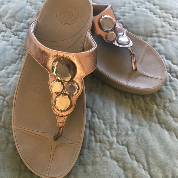 0c4af33478c1 Fitflop Shoes - 💫 Silver Fitflop Lunetta Size 7 💫